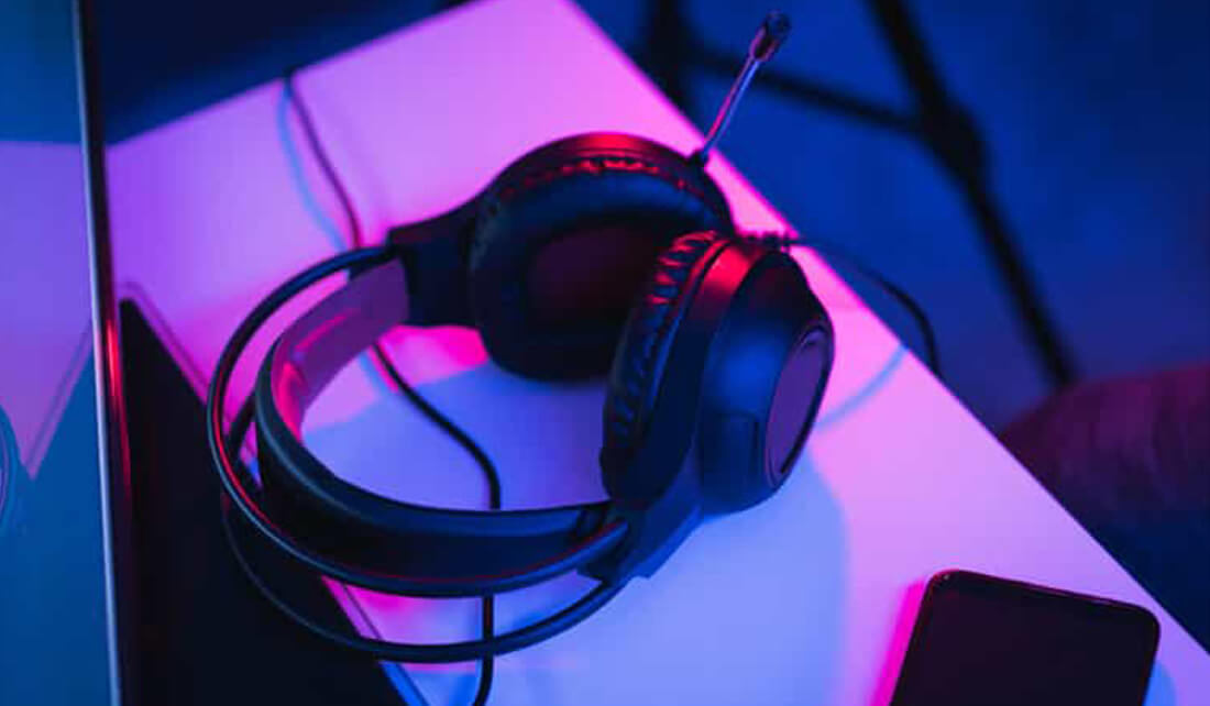 best travel headset with microphone
