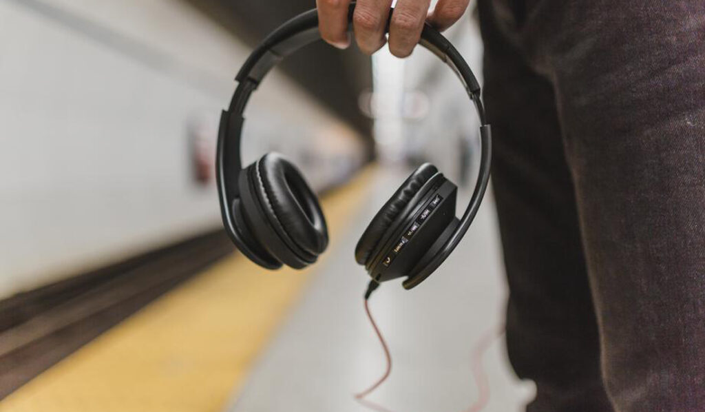 which best buy noise cancelling headphones