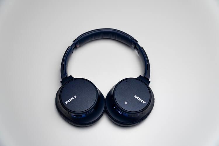 Best Headphones For Talking On Computer